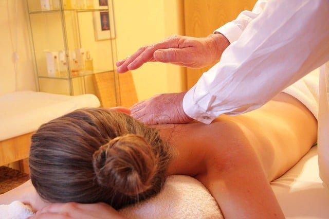 como hacer un masaje Nuru